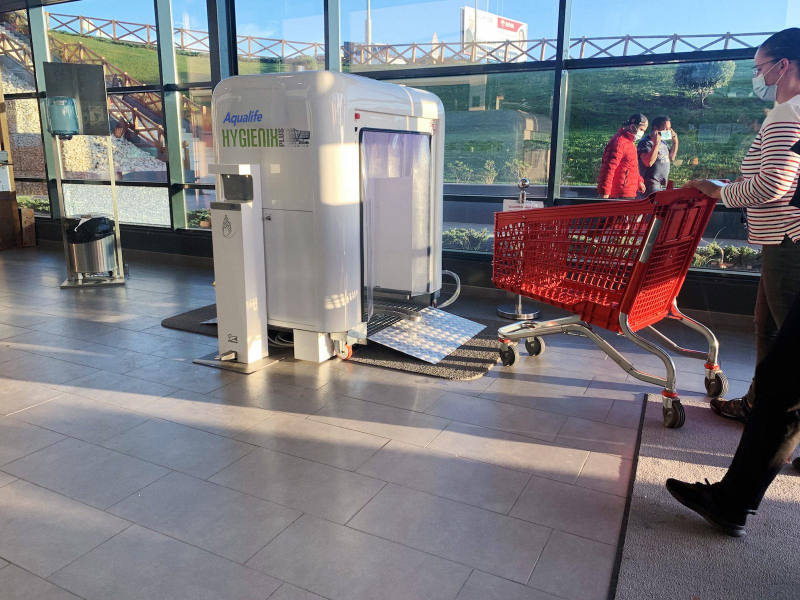 Hygienics-Plus desinfección carros supermercado. Compras seguras
